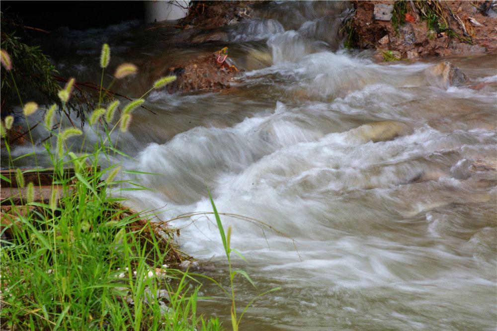 市民玩亲水,山溪兀自流~又发现一个青州玩水的好地方!