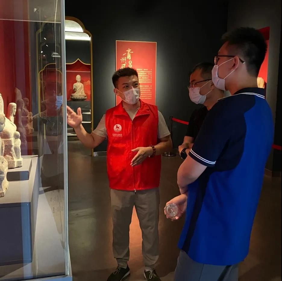 青州博物馆恢复志愿讲解服务
