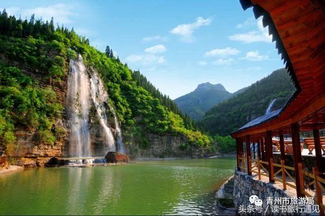 来青州黄花溪穿越峡谷栈道,探寻山崖飞瀑,满足你对夏天的所有幻想!